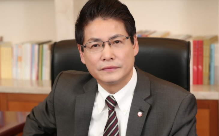 Professor Zhou Hua, General Director, Shuguang Hospital Shanghai, China: The time of unprecedented opportunities for the development in TCM industry